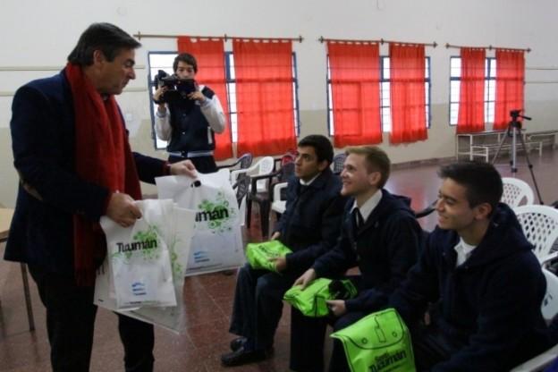 """Alumnos de Yerba Buena participarán de """"Cuido Mi Destino"""" en Perú"""